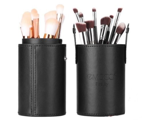 How to clean your Japanese makeup brushes